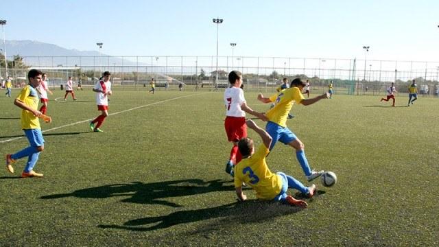 ΠαναιτωλικοΣ: ΠΑΝΑΙΤΩΛΙΚΟΣ: Δοκιμαστικά για νεαρούς ποδοσφαιριστές